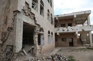 Al Hussein primary school, partially damaged due to the ongoing conflict. Approximately 2 million Yemeni children are out of school, oftentimes because of major damage to school buildings.